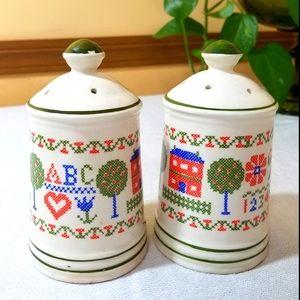 Vintage Shakers